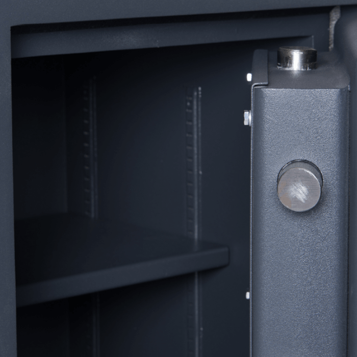 SMP Security - SMP Safes - Cash Safes - Shelves in Safe