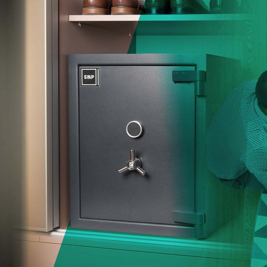 What types of safes are there